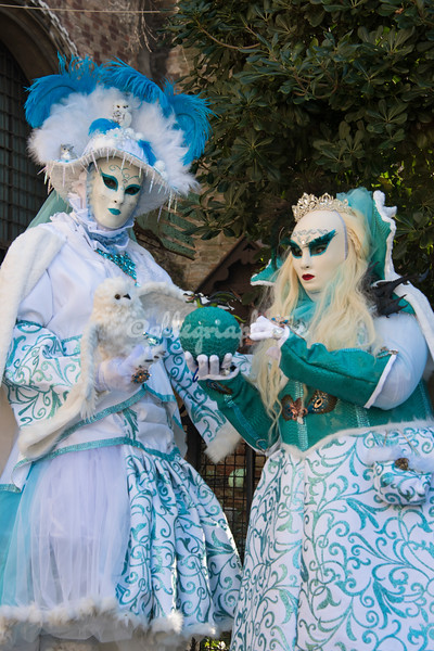 Close up, the Ball and owl costumers