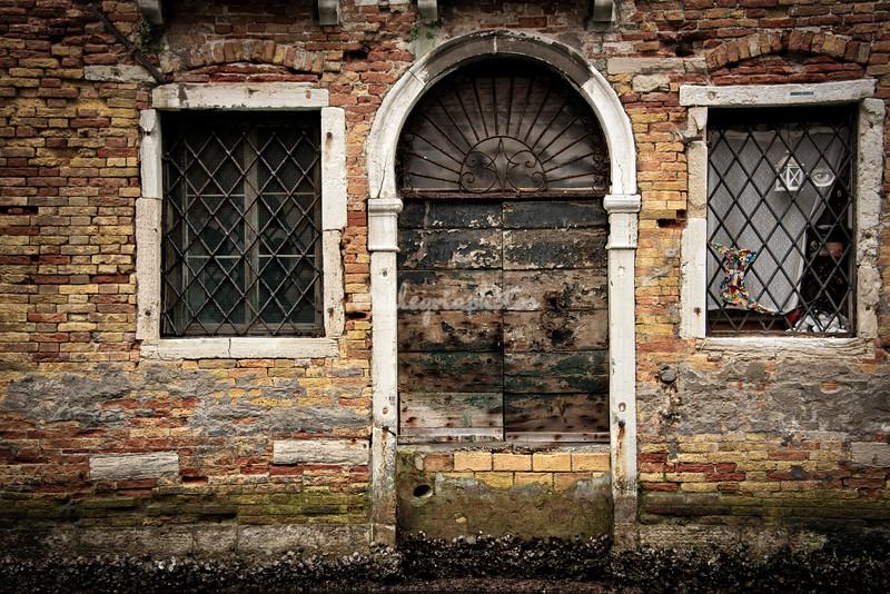 Venetian door and window
