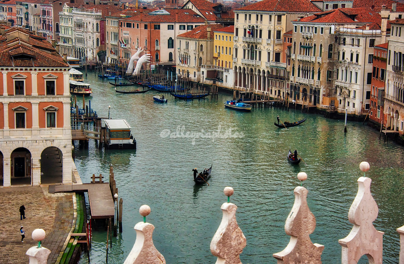 Looking down on the Grand Canal from Fondaco dei Tedeschi, Venice