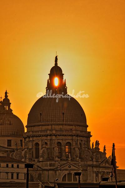 Sunset through the cupola of Santa Maria della Salute