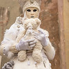 Lady in White with Teddy Bears, Campo Manin