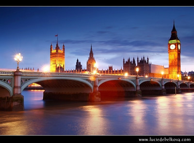 UK - England - London - Dusk over The Palace of Westminster, the Clock Tower - Big Ben and Westminster Bridge   Camera Model: Canon EOS 5D Mark II; Lens: 28.00 - 300.00 mm; Focal length: 42.00 mm; Aperture: 13; Exposure time: 32.0 s; ISO: 100