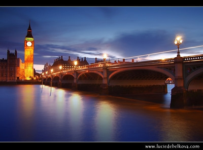 UK - England - London - Dusk over The Palace of Westminster, the Clock Tower - Big Ben and Westminster Bridge   Camera Model: Canon EOS 5D Mark II; Lens: 28.00 - 300.00 mm; Focal length: 35.00 mm; Aperture: 10; Exposure time: 32.0 s; ISO: 100