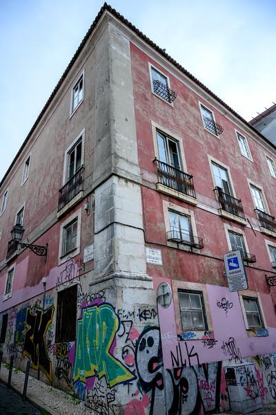 Graffiti on the wall of a apartment, Bairro Alto, Santa Catarina, Lisbon, Portugal