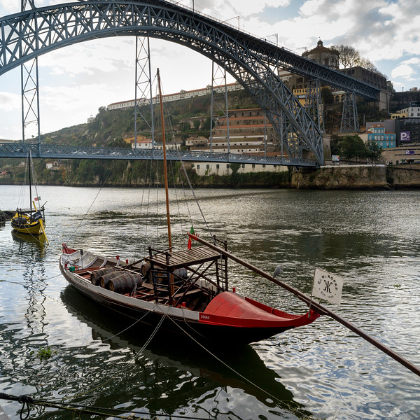 Dom Luis I Bridge, River Douro, Porto, Northern Portugal, Portugal