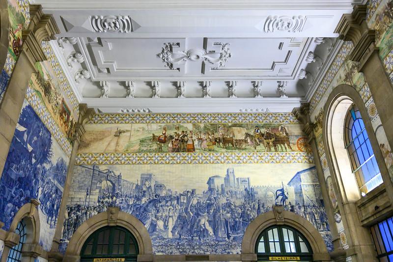 Azulejo panel at Sao Bento railroad station, Santo Ildefonso, Porto, Northern Portugal, Portugal