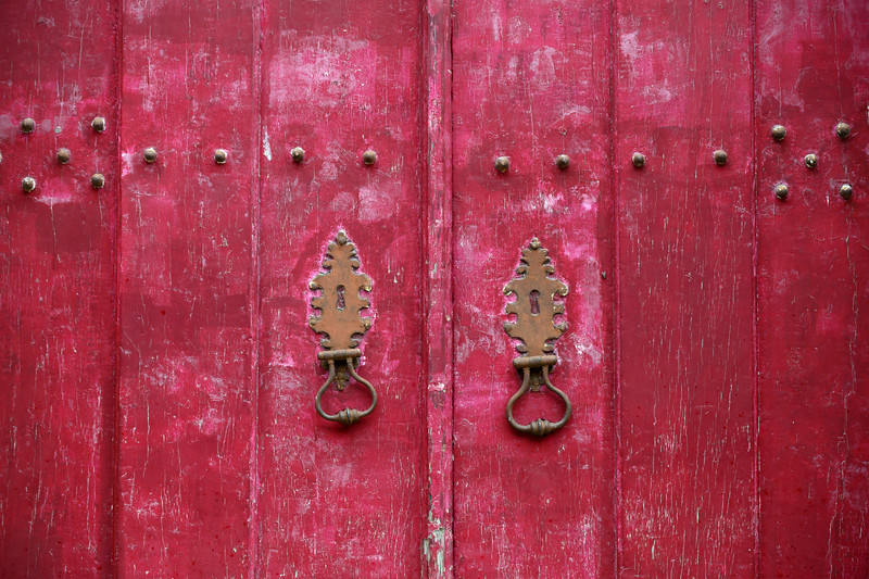 Close-up of door knockers on a closed door, Lisbon Cathedral Lisbon, Portugal