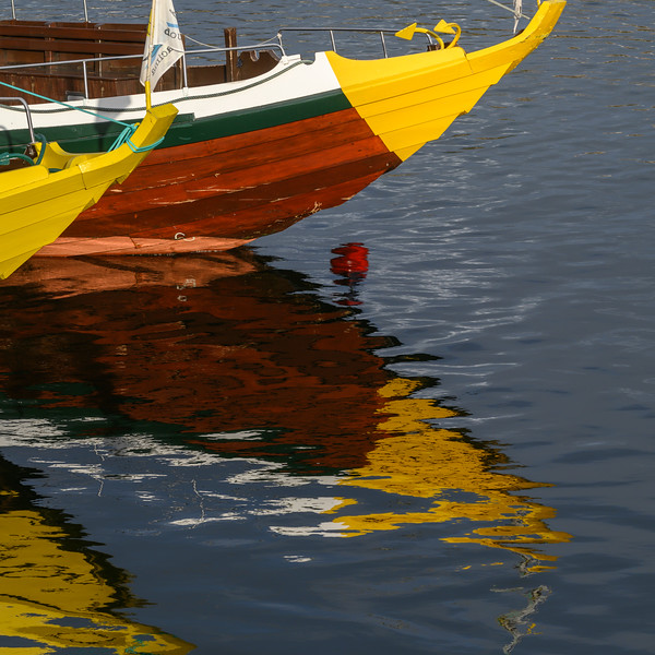 Reflection of boat in water, Santa Marinha, Porto, Northern Portugal, Portugal