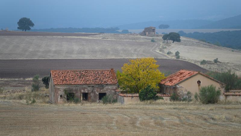 Farmhouse in plowed field of Albacete, Albacete Province, Castilla�La Mancha, Spain