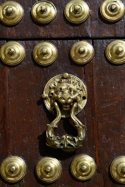 Traditional door knocker, Antequera, M�laga, Spain