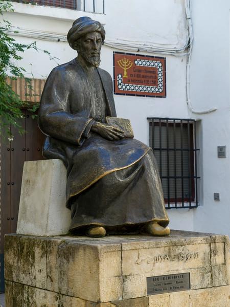 Statue of Maimonides in the Jewish Quarters, Distrito Centro, C�rdoba, C�rdoba Province, Spain