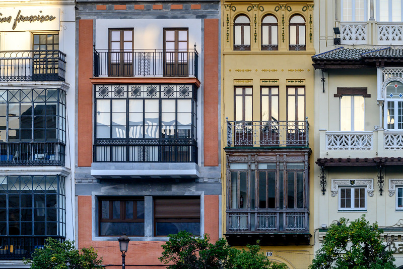 Fa�ade of urban houses of Alfalfa, Seville, Seville Province, Spain