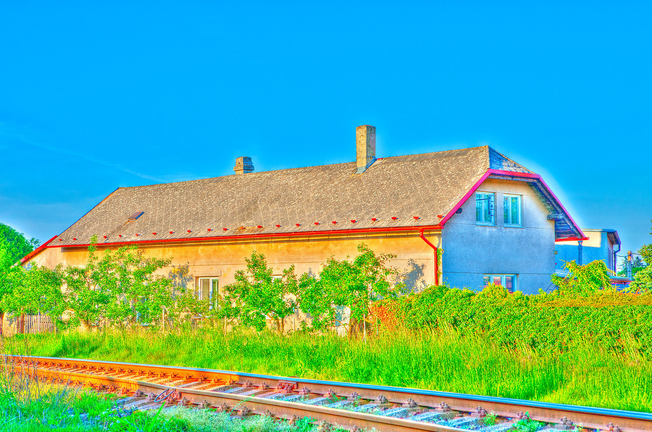 8165 Farm House  HDR