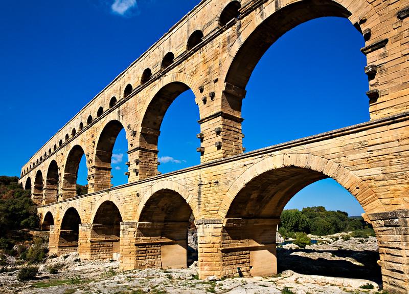 7390 Aquaduct