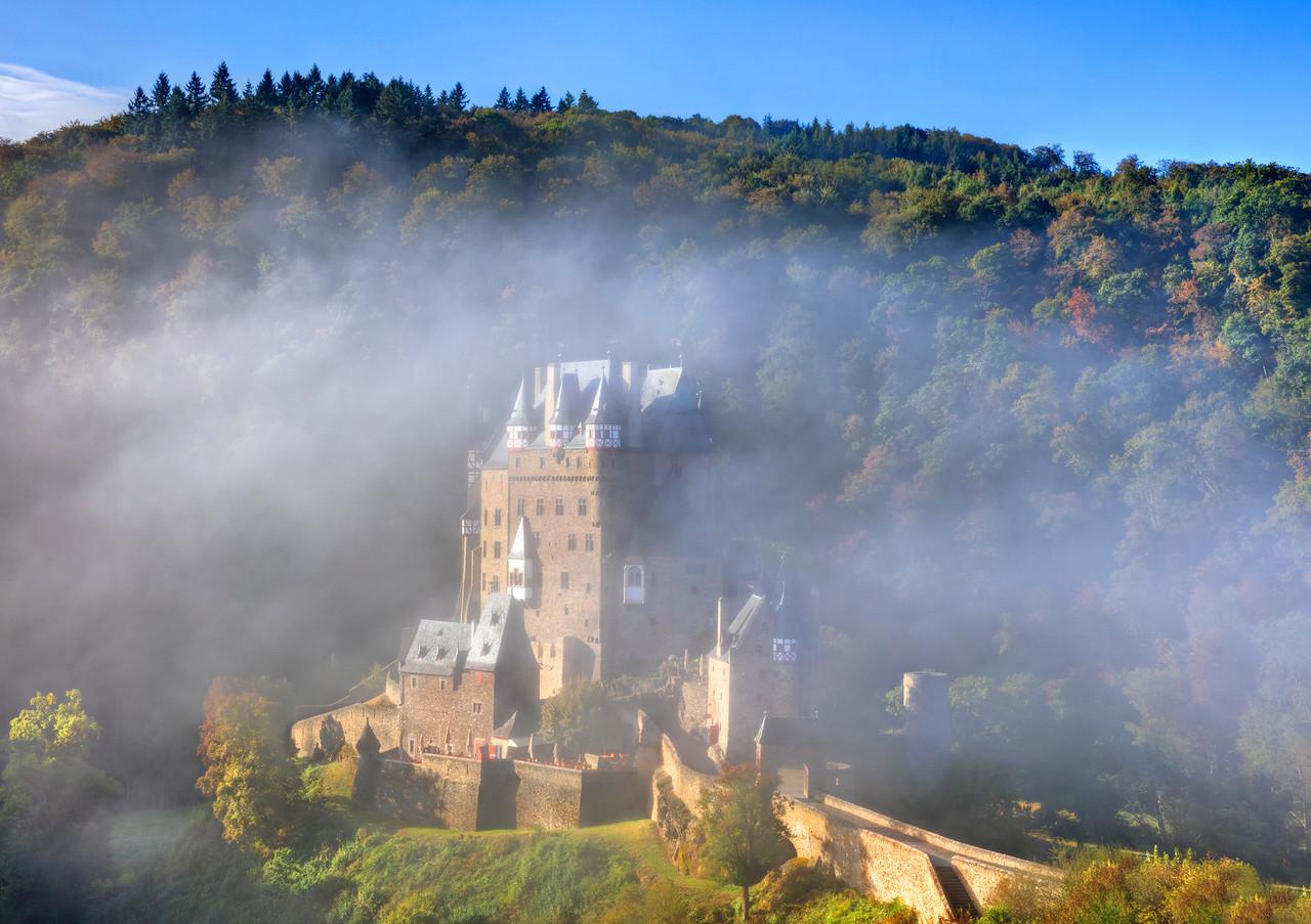 1050 Burg Eltz