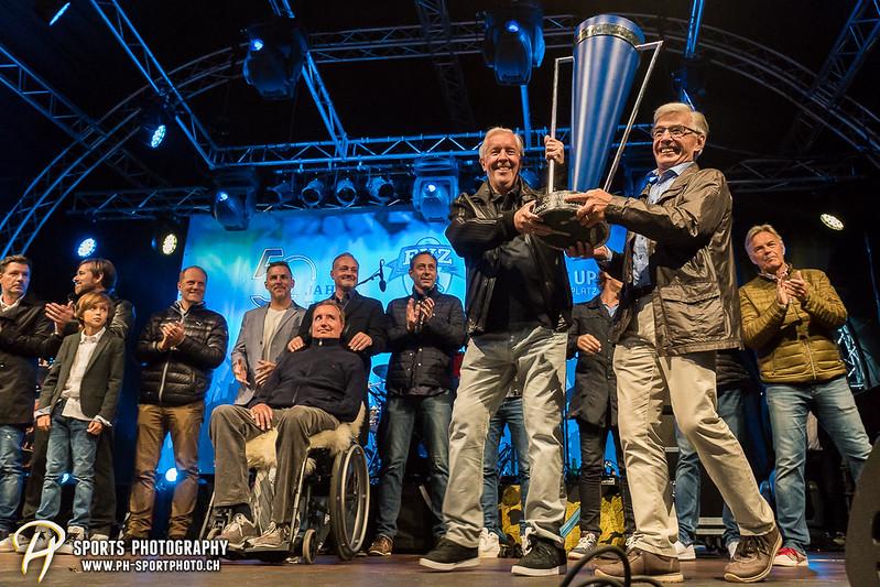 EVZ-Volksfest - Präsentation 1. Mannschaft des EV Zug und EVZ Legenden - Bild-ID: 201709020303