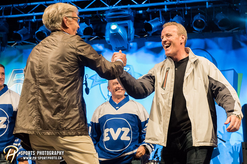 EVZ-Volksfest - Präsentation 1. Mannschaft des EV Zug und EVZ Legenden - Bild-ID: 201709020344