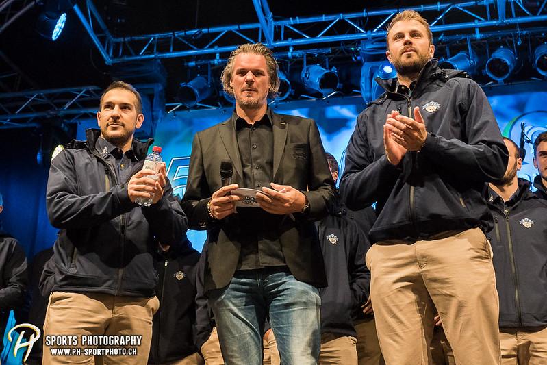 EVZ-Volksfest - Präsentation 1. Mannschaft des EV Zug und EVZ Legenden - Bild-ID: 201709020487