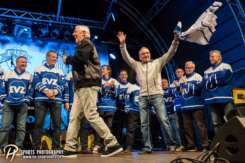 EVZ-Volksfest - Präsentation 1. Mannschaft des EV Zug und EVZ Legenden - Bild-ID: 201709020384