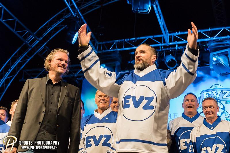 EVZ-Volksfest - Präsentation 1. Mannschaft des EV Zug und EVZ Legenden - Bild-ID: 201709020439