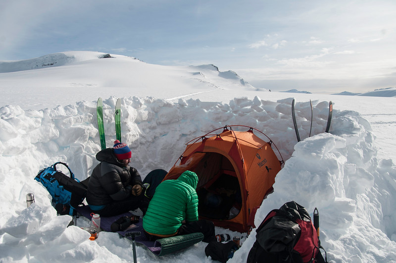 Skier: Vincent Lebrun and Emmanuel Demers. Location: Base camp, in the middle of the Icefield. We wanted to be able do ski as much as we can over the 4 days, so beiing in the middle of the icefied allow us to enjoy quick run on the surrounding mountains.