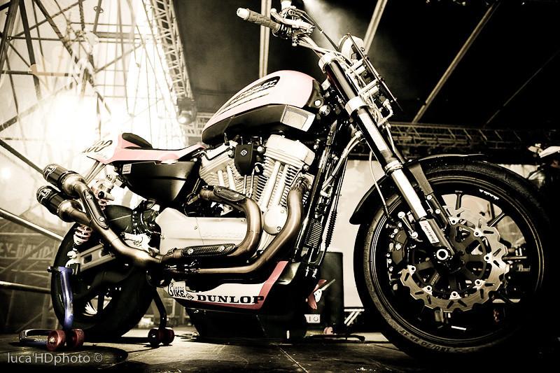 XR1200 VARANO XR1200 TROPHY 2009