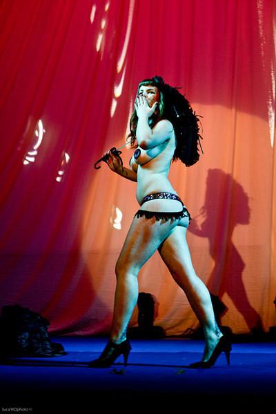 """EVITA MANSFIELD<br /> <br />  <a href=""""http://www.myspace.com/evitamansfield"""">http://www.myspace.com/evitamansfield</a>"""