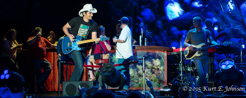 Brad Paisley @ Harveys Outdoor Concert Series 06-11-2015