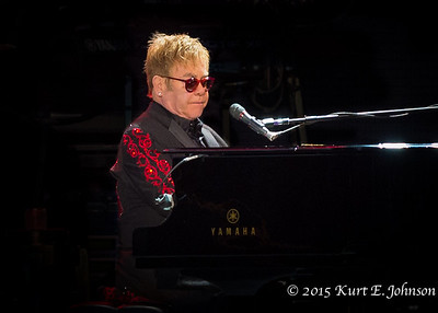 Elton John @ Harvey's Outdoor Arena 08-08-2015