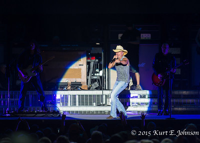Kenny Chesney @ Harvey's Outdoor Arena 07-22-2015