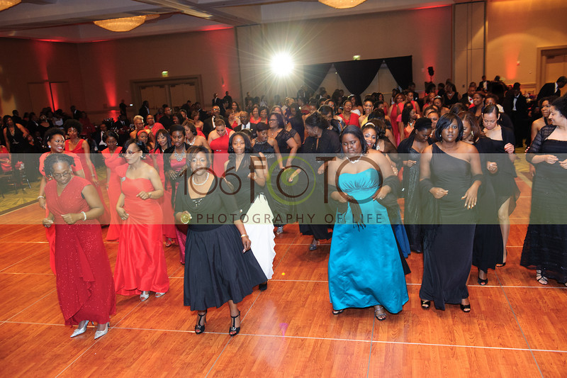 2013 DST EMINENCE POST GALA PGM-003
