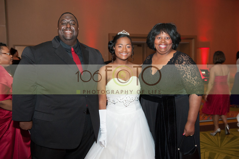 2013 DST EMINENCE POST GALA PGM-028