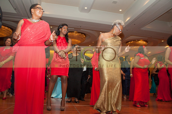 2013 DST EMINENCE POST GALA PGM-015