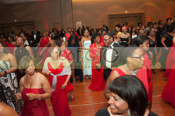 2013 DST EMINENCE POST GALA PGM-014