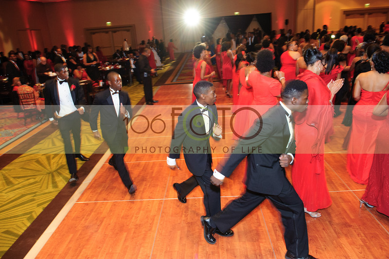 2013 DST EMINENCE POST GALA PGM-008