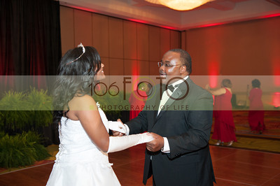2013 DST EMINENCE POST GALA PGM-032