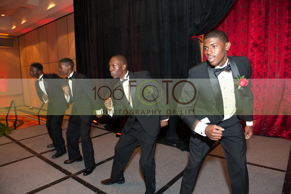 2013 DST EMINENCE POST GALA PGM-009