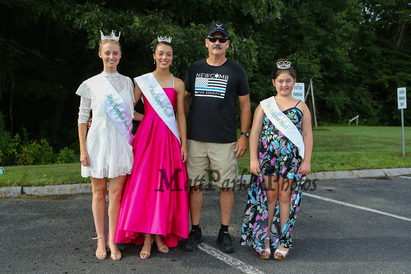 Rockingham Country Sheriff candidate Barry Newcomb of Hampton poses for a photo with Miss Hampton Beach queens (L to R) Miss HB Kirstin Pesaresi, JR Miss HB Samantha Lemay, and Little Miss HB Gabriella Rheaume at the Seabrook 250th Anniversary Parade on Saturday, 8-4-2018, Seabrook NH.  [Matt Parker/Seacoastonline]