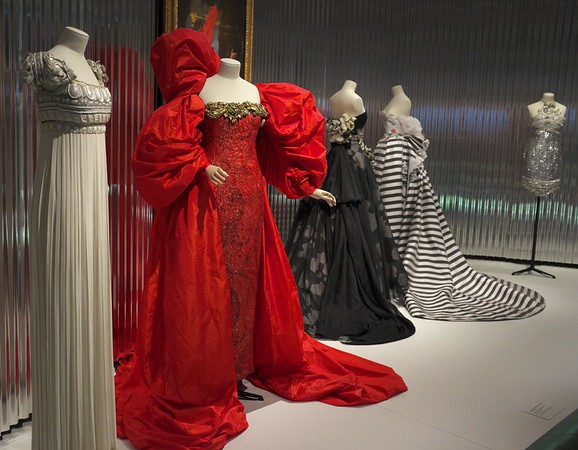 Gianfranco Ferre - The Postmodern Couturier, 1989-96