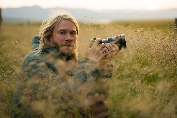 1916 was a job filming for the short film Unar in Iceland starring Elli and his daughter Unar. Shot across Iceland over a 10 day period<br /> <br /> Director: CHRIS BURKARD<br /> DP: Ben Weiland<br /> DP: Jeff Johnson<br /> Assistant: Matt Foley
