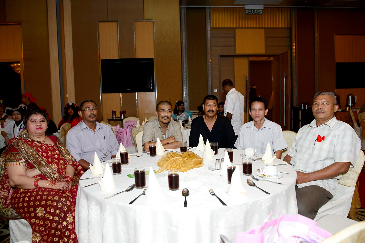 GIANT BATU CAVES ANNUAL DINNER