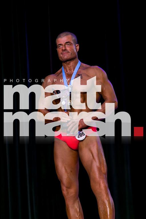 Male Fitnesss Model Over 35 Pro