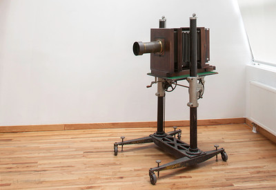 SPECIALTY 19TH AND 20TH CENTURY CAMERAS AND LENSES  EXPRESS LINK: http://highlight-studios.com