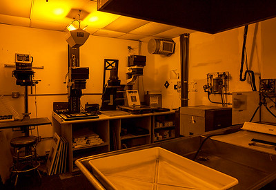 DARKROOM Facilities Available for Film and Alternative Process  EXPRESS LINK: http://highlight-studios.com