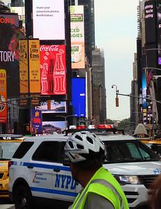 006-10-02-19-Broadway