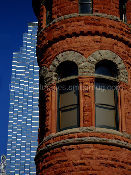 Old Red Courthouse and Modern Dallas 2