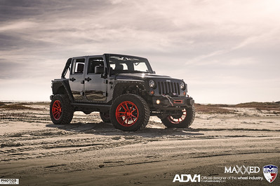 Hollywood Jeep Wrangler Unlimited