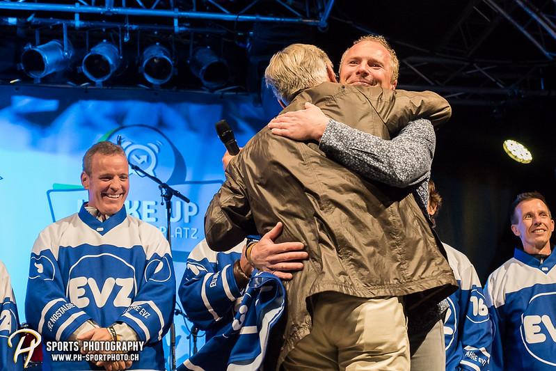 EVZ-Volksfest - Präsentation 1. Mannschaft des EV Zug und EVZ Legenden - Bild-ID: 201709020365