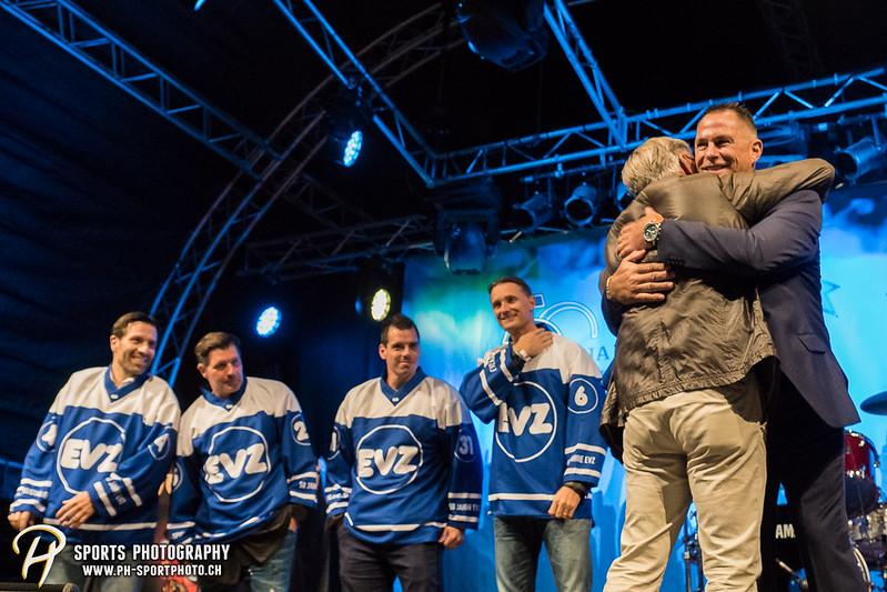 EVZ-Volksfest - Präsentation 1. Mannschaft des EV Zug und EVZ Legenden - Bild-ID: 201709020337