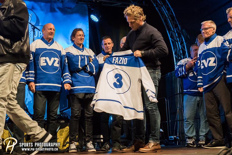 EVZ-Volksfest - Präsentation 1. Mannschaft des EV Zug und EVZ Legenden - Bild-ID: 201709020391